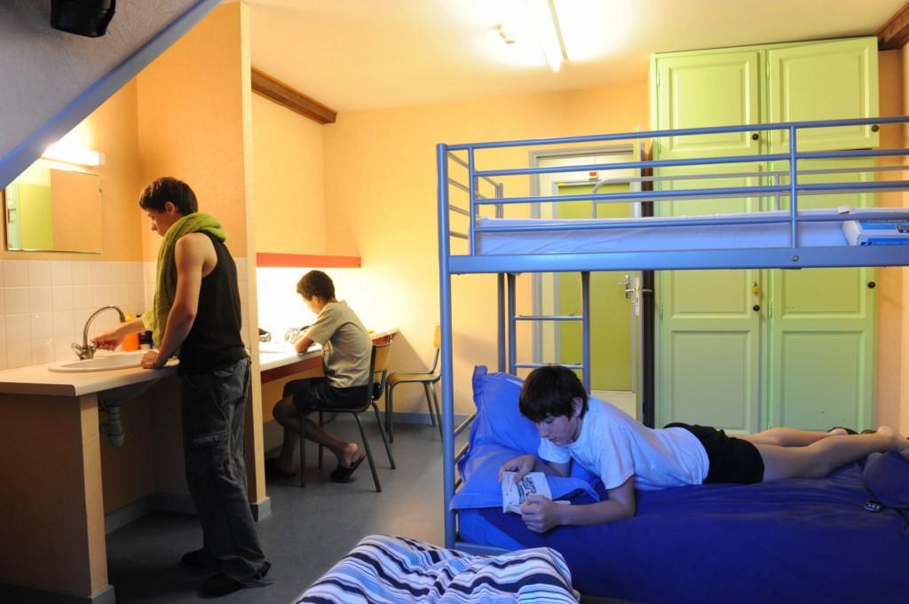 internet-chambre-college-1024x681